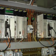 Critical power supply systems for railway stations